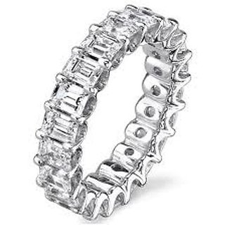 18 Kt White Gold Fashionable Emerald Solitaire Diamond Ring (Design 1)