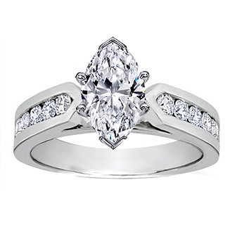 18 Kt White Gold Fashionable Solitiare Diamond Ring For Wedding (Design 7)