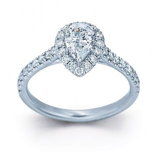 18 Kt Gold Fashionable Exclusive Solitaire Diamond Ring For Wedding Jewelry (Design 7)