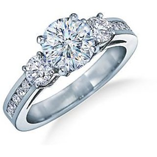 Fashionable Exclusive Solitaire Diamond Ring For Exgagement (Design 7)