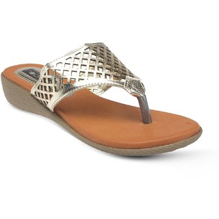 Vendoz Elegant Golden Sandals