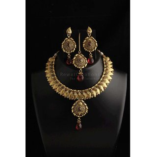 Polki Red Colroed Party Wear Necklace With Earrings With Maang Tika