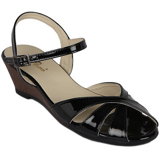 Flora New Black Wedges