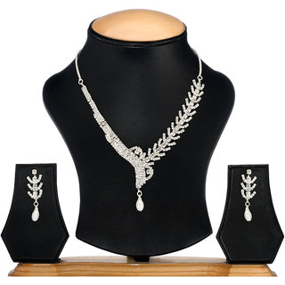 Ethnic Jewels Silver Alloy Earring & Necklace Set (Ey-358)