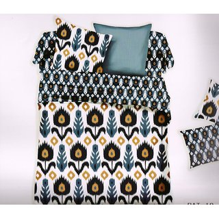 Welhouse India Simple Print Cotton King Bedsheet with two pillow covers