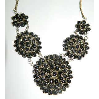 Black pearl beautiful necklace