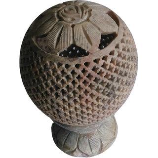 Filligree Gorara Marble made Lamp