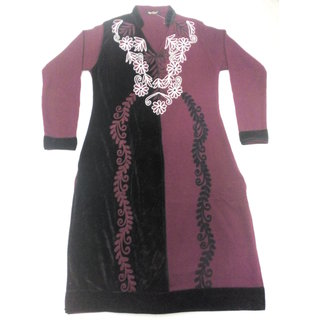 Woolen kurti Black and onion