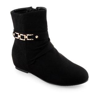 Shuz Touch Black Boots