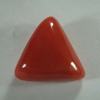 Natural red Coral / Moonga 9 Carrat Triangular gemstones