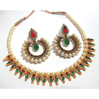 Maroon And green tilak pearl leaf necklace set