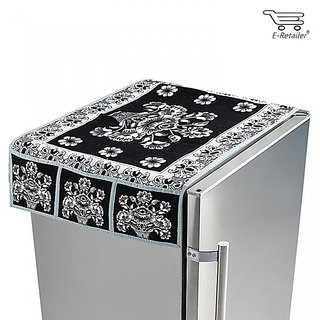 E-Retailer Black  White 3D Pot Design Fridge Top Cover