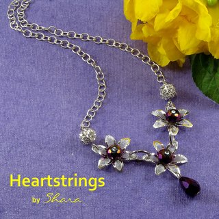Heartstrings Neckpeice