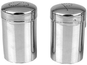 Set of 2 Classic Salt and Pepper shaker