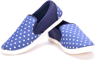 Maxis Mens Blue and White Slip On Casual Shoes