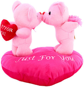 Dealbindaas Kissing Couple On Heart Valentine Stuff Teddy Bear (Assorted Colors)