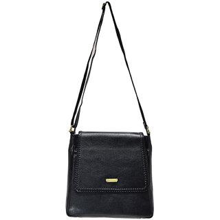 Moochies Ladies Leatherette Purse Colour Black