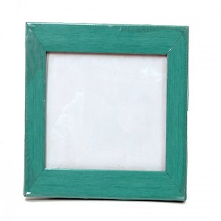 ForeverArts Wall Mount Photo Frames set of 4