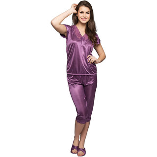 Clovia Satin Nightsuit In Purple