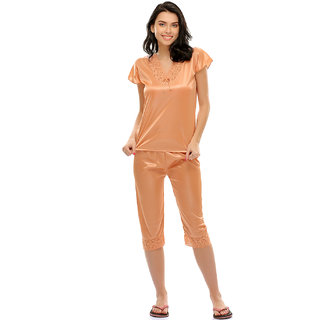 Clovia Nightsuit In Beige