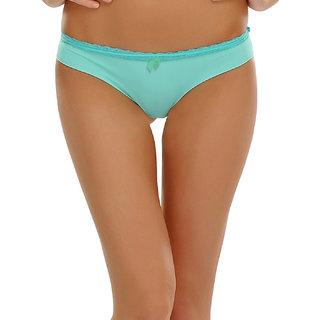 Clovia Sexy Bikini With A Cute Bow