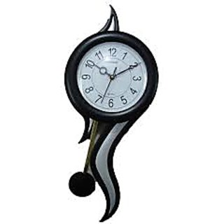Stylish wall clock with black color