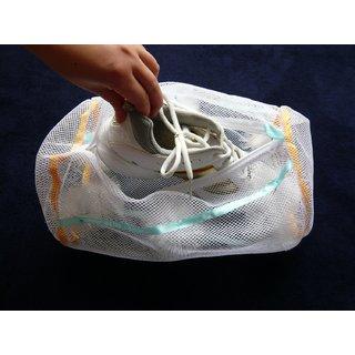 Shoe Washing Brushing Laundry Bag for Use with Automatic Washing Machine (White)
