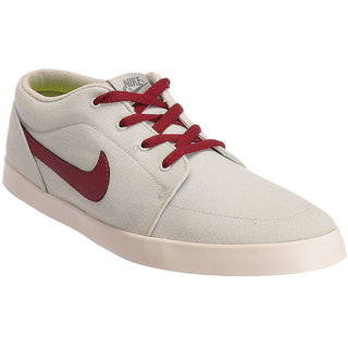 Nike White Canvas Shoes
