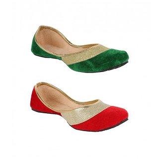 Sassily Women's Green & Red Jutti