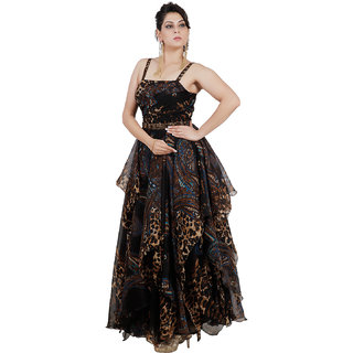 Pret a Porter Black Color Snazzy Gown