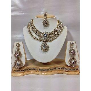Three Chain Kundan Jewelry Set in White Color