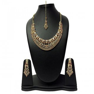 Silver N Brown stone Necklace set along with Maangtika and Earrings