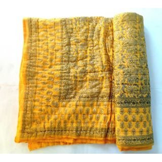 Gruvi Enterprises Jaipuri Traditional Ethnic Double Cotton Golden Printed Bed Quil