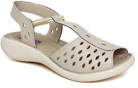 Vendoz Stylish Cream Sandals