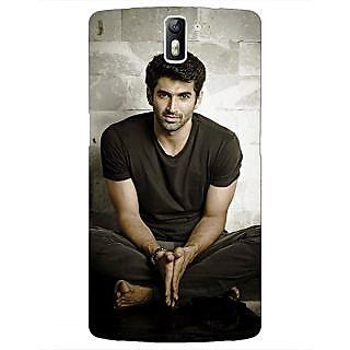 1 Crazy Designer Bollywood Superstar Aditya Roy Kapoor Back Cover Case For OnePlus One C410902