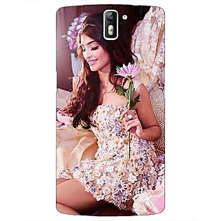 1 Crazy Designer Bollywood Superstar Sonam Kapoor Back Cover Case For OnePlus One C411063