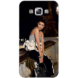 1 Crazy Designer Bollywood Superstar Chitrangada Singh Back Cover Case For Samsung Galaxy E5 C441036
