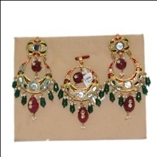 BE - 003	 Earring  Pendant Set