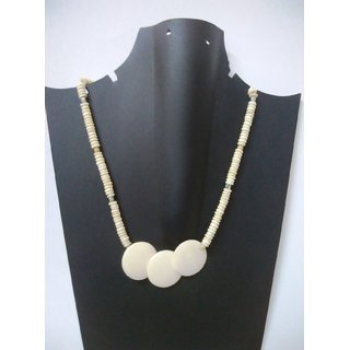 Woap By Trisha Jewels Stunning Beach  Handicraft Necklace (GHN-2021)