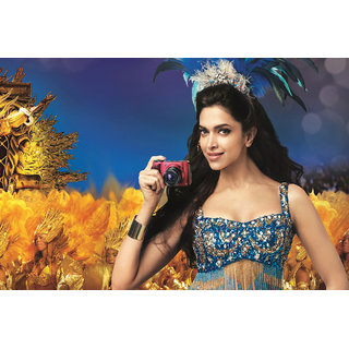 Deepika Padukon With Camera Poster (PERSON00051)