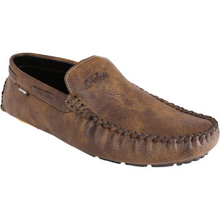 1e5cdb3e7a7 Buy Marshal Mehndi Slip On Loafers Online   ₹999 from ShopClues
