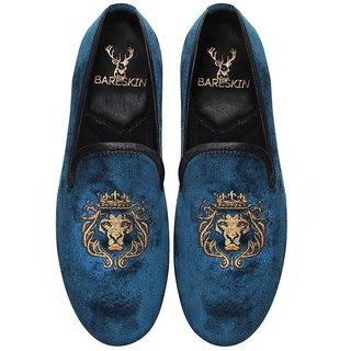 MENS HANDMADE BLUE VELVET SLIP-ON WITH LION-KING GOLDEN EMBROIDERY BY BARESKIN
