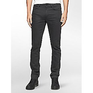 Brand new jeans in black color size 32