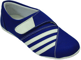 Hansx Women's Blue Smart Casuals Shoes