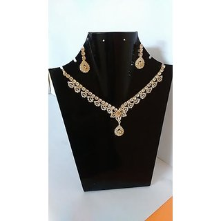 Trendy Gold Plated Diamond Stone Necklace-AF0580023