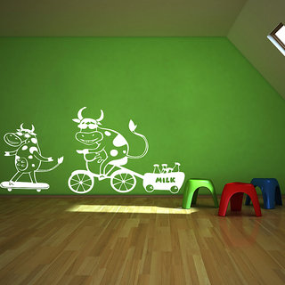 Decor Kafe Cow Milk Wall Sticker (20x11 Inch)