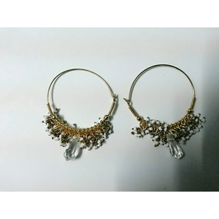 White round earrings