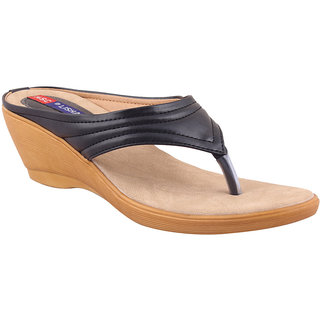 MSC Women's Black Wedges