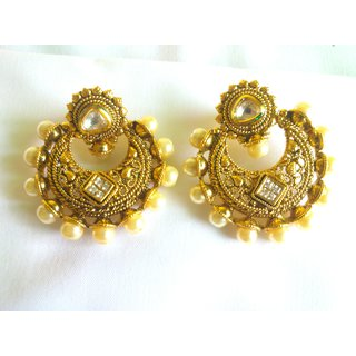 Trends Pearl Chandbali