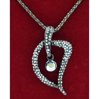 Chamakdamak Black pendant set with earrings